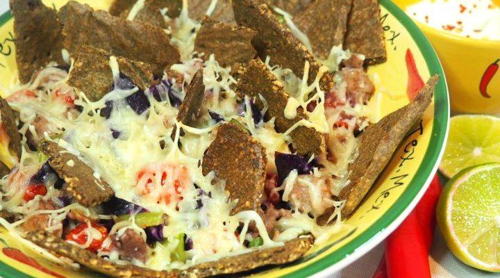 Hjemmelaget tacochips med kjøtt og grønnsakblanding
