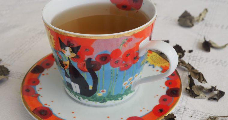 Te fra fermeterte urteblader