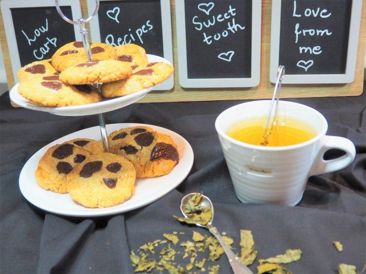 Cookies med peanøttsmør og sjokoladebiter – glutenfri og lavkarbo